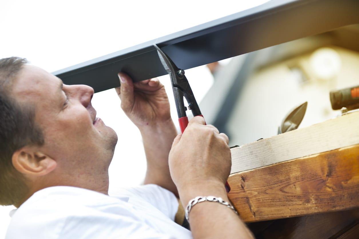 Gutter repairs calgary
