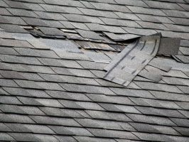 emergency-leaks-roof-damage